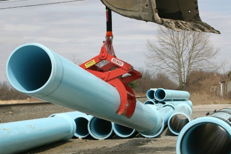 Front Angled View of the PL2750 Pipe Lift