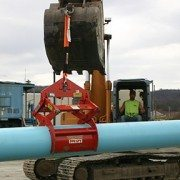 Kenco Pipe Lift Makes Transporting Pipe to Site Easy