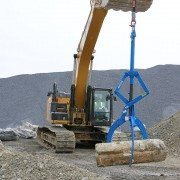 MG12000 Rocklift Moving Large Block