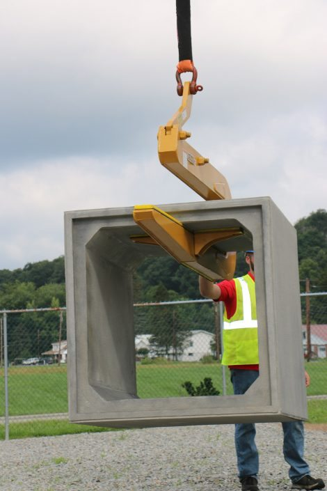 Moving Box Culvert with Pipe Hook
