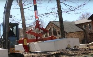Lifting heavy precast capstone