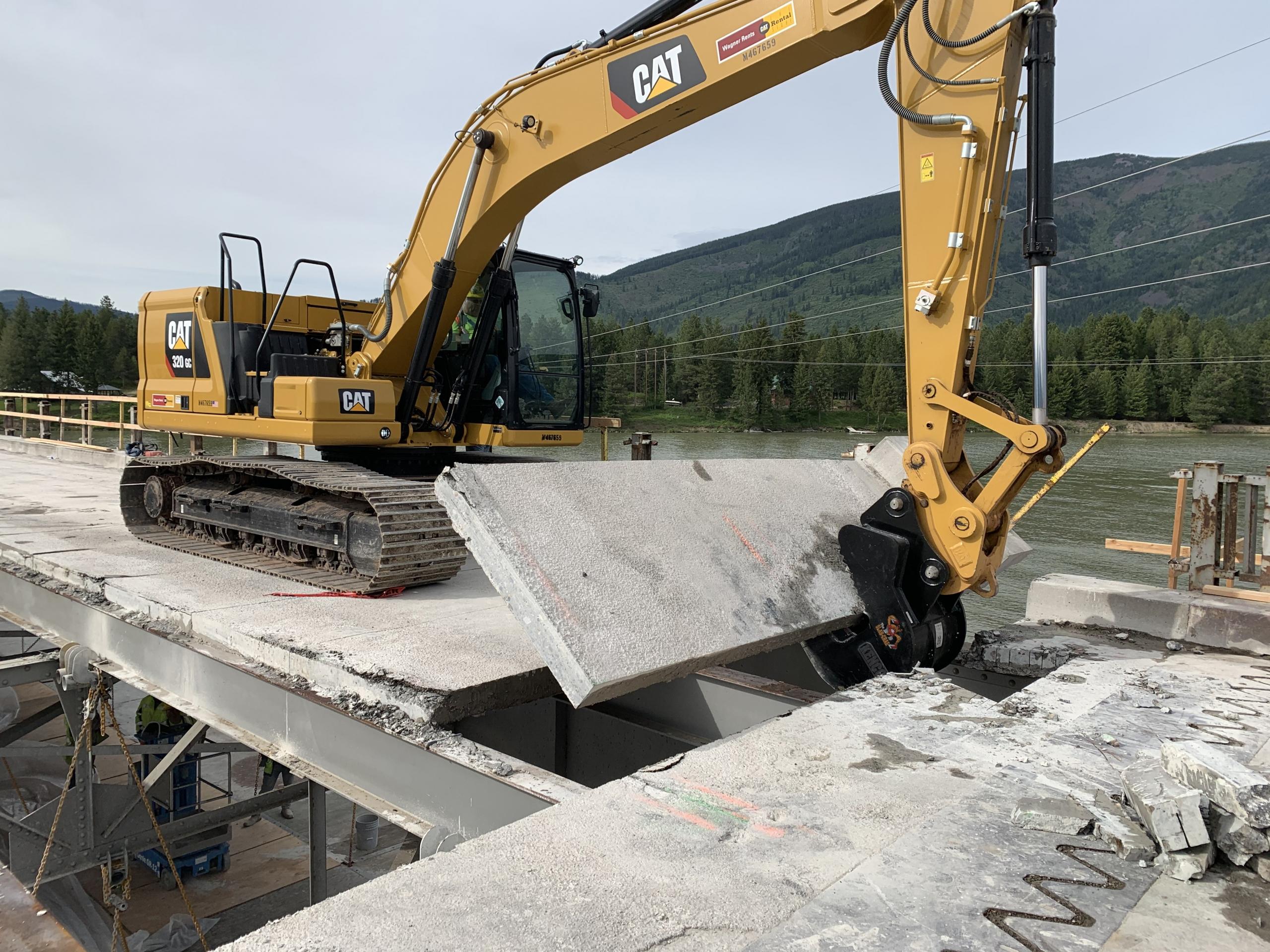 Cantilever Concrete Slabs