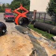 waterline pipe tongs being moved